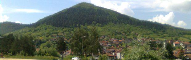 Egyptologen erkennen het bestaan van de Bosnische piramides. Kijk hoe ze vervolgens worden aangepakt door het establishment