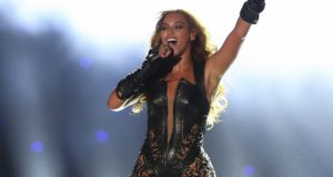 Beyoncé beoefent zwarte magie en extreme hekserij. Haar voormalige drummer doet een boekje open