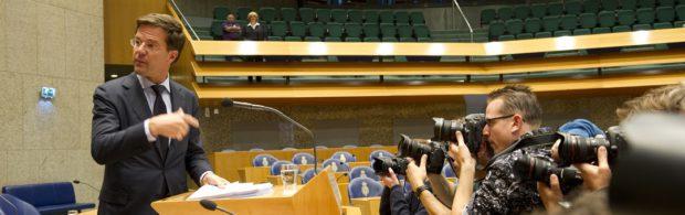 De politieke roversbende in Den Haag staat diametraal tegenover het (al dan niet ingeslapen) volk. Columniste trekt fel van leer