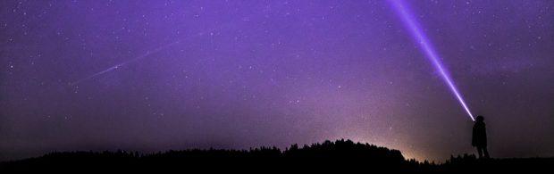 Recordaantal mysterieuze signalen uit de ruimte opgepikt. Zoeken aliens contact?