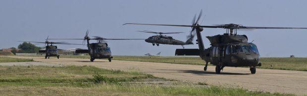 Amerikaanse helikopters evacueren gewonde IS-terroristen uit olierijke Syrische provincie. Dit weten we tot nu toe