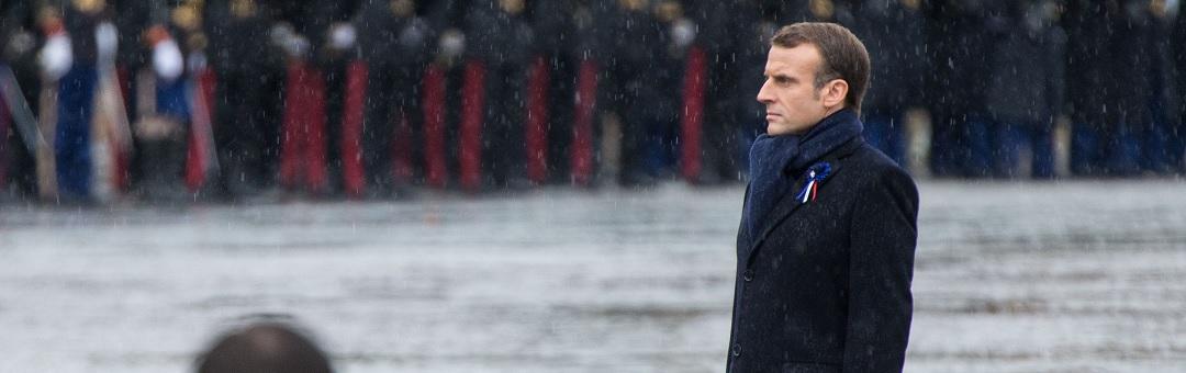 Een marionet van de grote banken en de man van de elite. Fransen slaan hard terug tegen president Macron