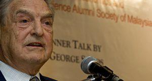 Soros ontmaskerd als meesterbrein achter heksenjacht tegen Trump. Zo lopen de geldstromen