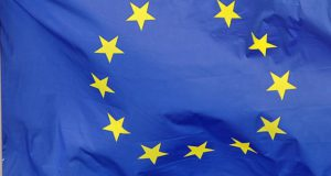 Het Europees Parlement is een eurofiel rariteitenkabinet. Waarom een stem op CDA of VVD een stem voor een EU-superstaat is