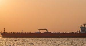 Mysterieuze 'sabotage' van olietankers in Perzische Golf is valse vlag-operatie. Volgens een analist zijn dit de verantwoordelijken