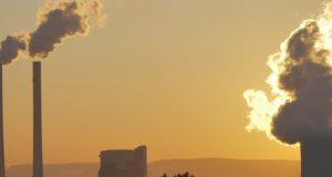 Het is onzin dat klimaatverandering een bedreiging vormt. Marc Morano onthult in dit filmpje de achterliggende doelen