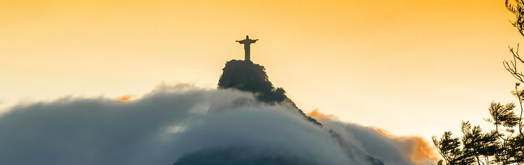 Foto van 'Christusfiguur' in de lucht boven Argentinië houdt de gemoederen bezig. Zo wordt er gereageerd op social media