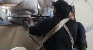 Mainstream media prijzen jihadistencommandant die trouw zwoer aan IS de hemel in. Zie hier wat de NOS schrijft over deze 'verzetsheld'