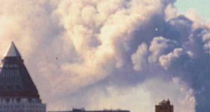 CIA-piloot: Er zijn geen vliegtuigen in de WTC-torens gevlogen. Grote Facebookpagina's verspreiden complottheorie