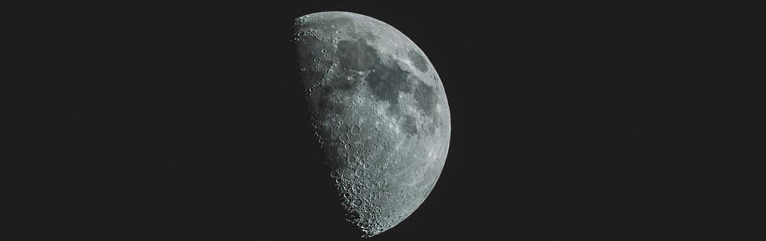 Mysterieuze massa onder zuidpool van de maan stelt wetenschappers voor raadsel. Waar komt dit vandaan?