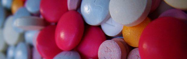 Je moet wel heel naïef zijn om hier niet de invloed van de Big Pharma te herkennen. Het wordt steeds gekker