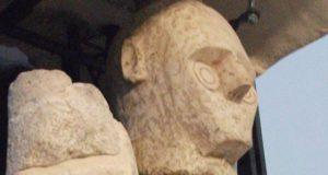 Het mysterie van Mont'e Prama. Zijn deze beelden en graftombes op Sardinië gemaakt door reuzen?