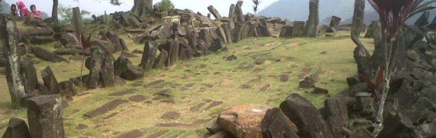 De verloren piramides van Indonesië. Hoe kon men 20.000 jaar geleden zo'n bouwwerk neerzetten