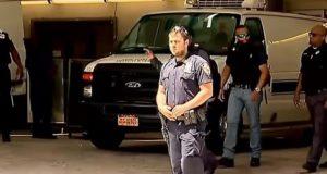 Jeffrey Epstein vertelde bewakers dat iemand hem probeerde te vermoorden. Dood beruchte miljardair doet veel vragen rijzen