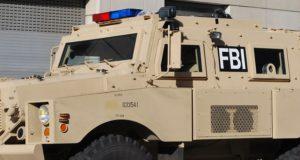 Je kon erop wachten: de FBI ziet complottheorieën als terroristische bedreiging. Wat zit hierachter?