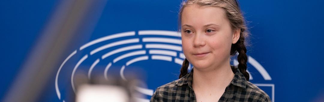Gênante vertoning: Kijk hoe deze tv-presentator de vloer aanveegt met de hysterische klimaattiener Greta Thunberg