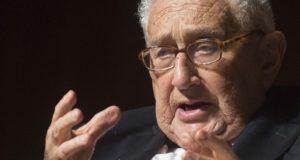 Eén van de meest verwoestende ministers uit de geschiedenis. Presidentskandidaat haalt fel uit naar Henry Kissinger