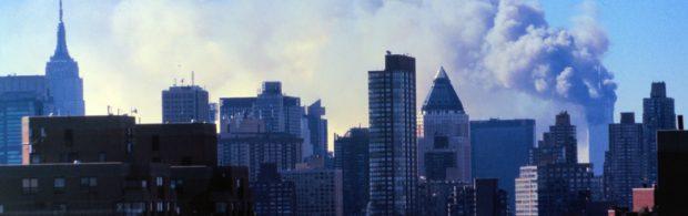 David Icke ontmaskert complot rond 9/11. Dit is 'één van de meest controversiële boeken ooit geschreven'