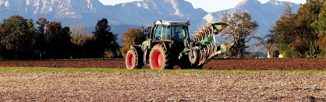 tractor-4543624_1280