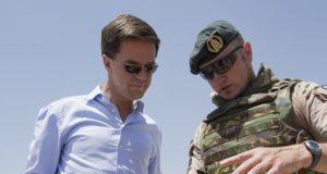 In 2015 doodde een Nederlandse bom 70 mensen in Irak. Rutte wist van niets. Rutte liegt nooit. Hier zie je zijn beste momenten (8x)