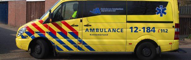 Untersuchungsausschuss in Holland: Der Fahrer eines Krankenwagens sagte aus, das er in den letzten Wochen viele Patienten transportiert hat, die gerade geimpft worden sind