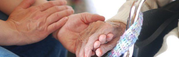 Schockierende Meldungen aus Holland. Bewohner von Pflegeheimen sterben nun an Covid trotz vollständiger Impfung