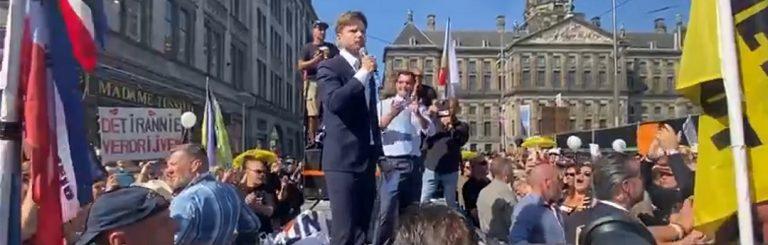 """Tausende Holländer auf den Straßen in Amsterdam! """"Wir werden diesen Krieg gewinnen"""""""